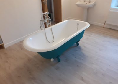 Bath 12